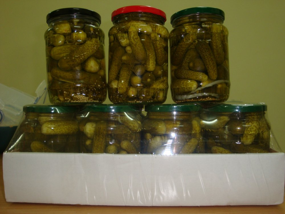 Mua Pickled gherkin in glass jar