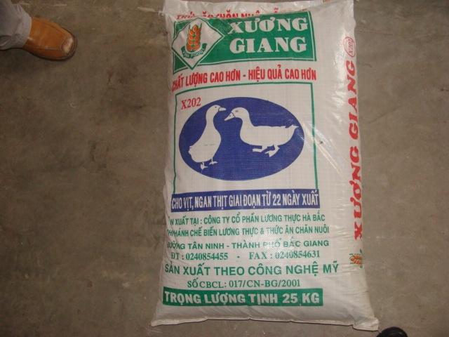 Mua Sản phẩm thức ăn chăn nuôi
