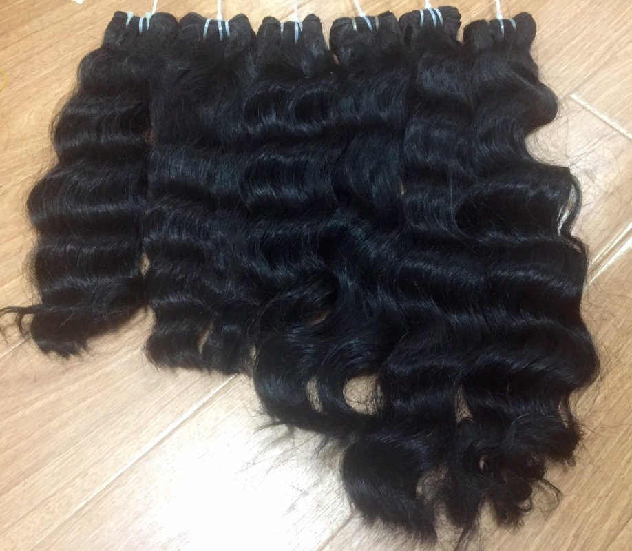Natural wavy Cambodian weft hair