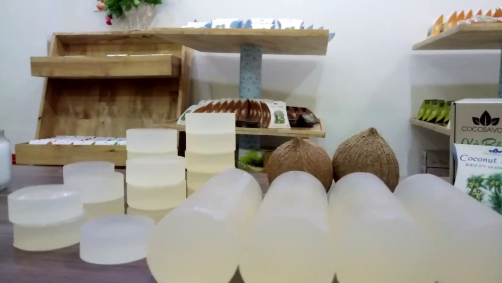 Mua Natural Coconut Soaps for Skin and Hair