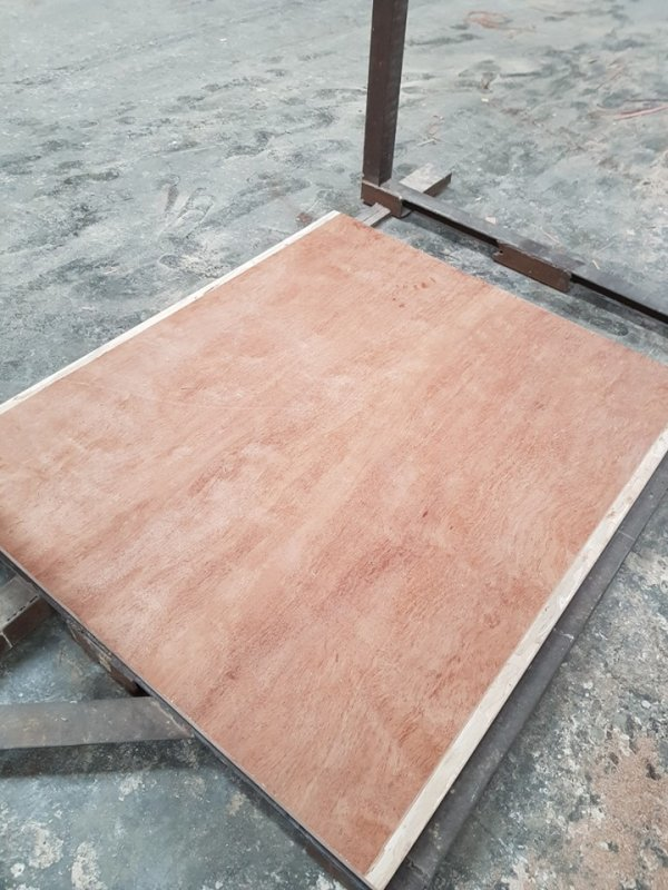 28mm Container flooring plywood 100% Eucalyptus made in Vietnam