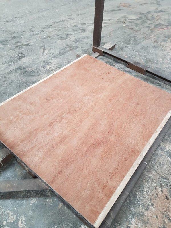 Mua 28mm Container flooring plywood 100% Eucalyptus made in Vietnam