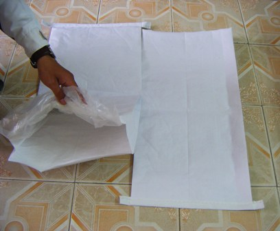 Buy Paper bags with square bottom