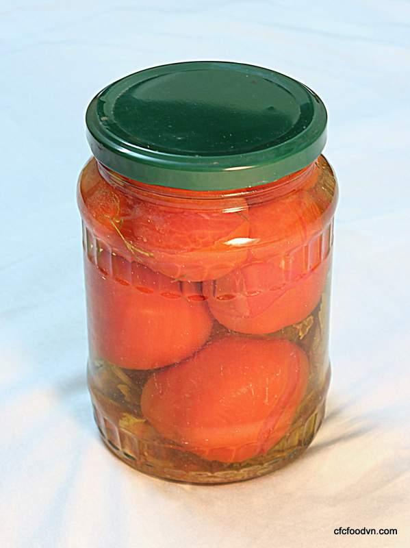 Mua Cà chua to dầm dấm đóng lọ