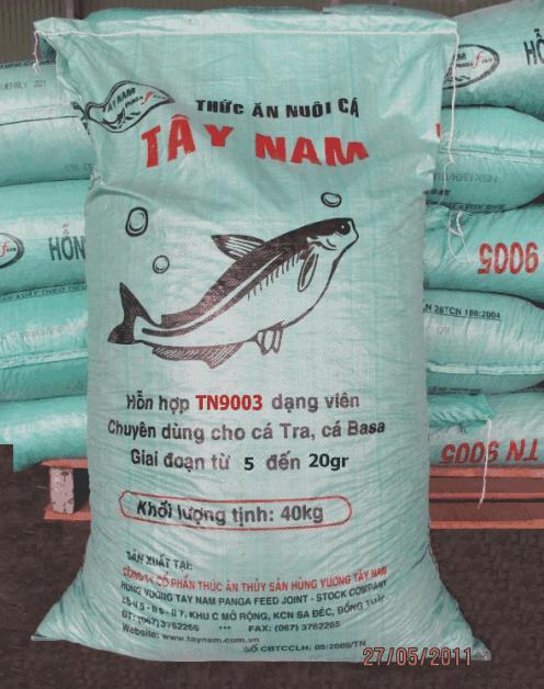 Mua TN 9003 - Thức ăn chuyên dùng cho cá tra và basa Giai đoạn từ 5 - 20gr