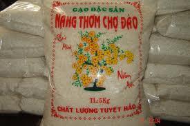 Mua Gạo Nàng Thơm Chợ Đào