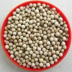 Pepper white peas