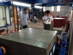 FOAM CONCRETE BLOCKS CUTTING MACHINE