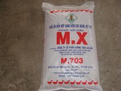 Thức ăn hỗn hợp cho gà vịt mang nhãn hiệu MX(M703)