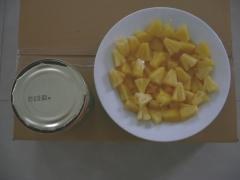 Konzerv ananász