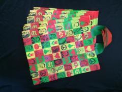 Rigid handle plastic shopping bag