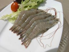 Unshelled shrimp