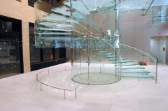 Cầu thang - lan can kính