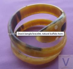 Snack bangle/bracelet, natural buffalo horn
