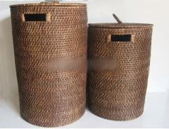 Round rattan laundry hampe