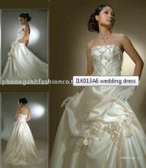 1K013A6 wedding dress