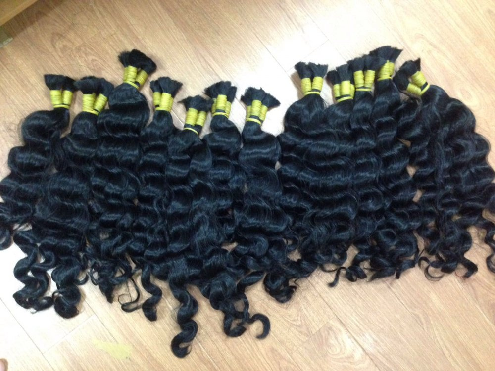 wholesale_wavy_in_bulk_human_hair_soft_and_silky