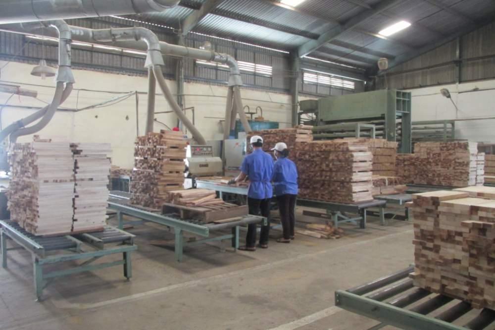 Đặt hàng Gia công chà nhám, xử lý bề mặt cho sản phẩm gỗ